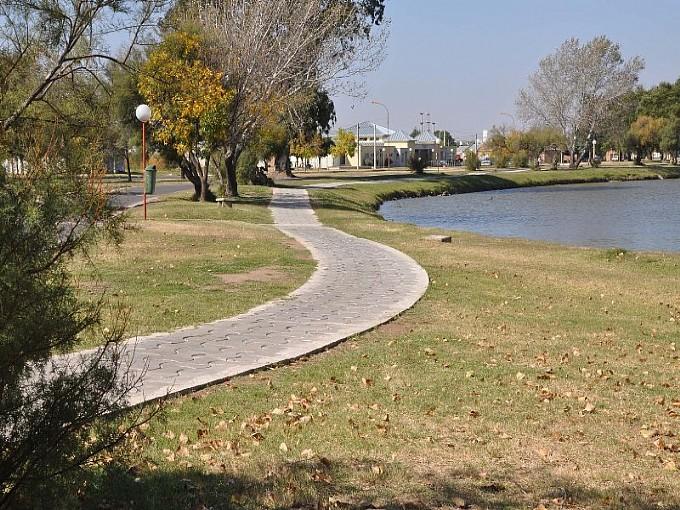 Parque municipal trenque lauquen trenque lauquen for Ruta0 buscador de rutas
