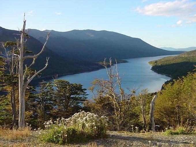 Circuito por los lagos escondido y fagnano ushuaia for Ruta0 buscador de rutas